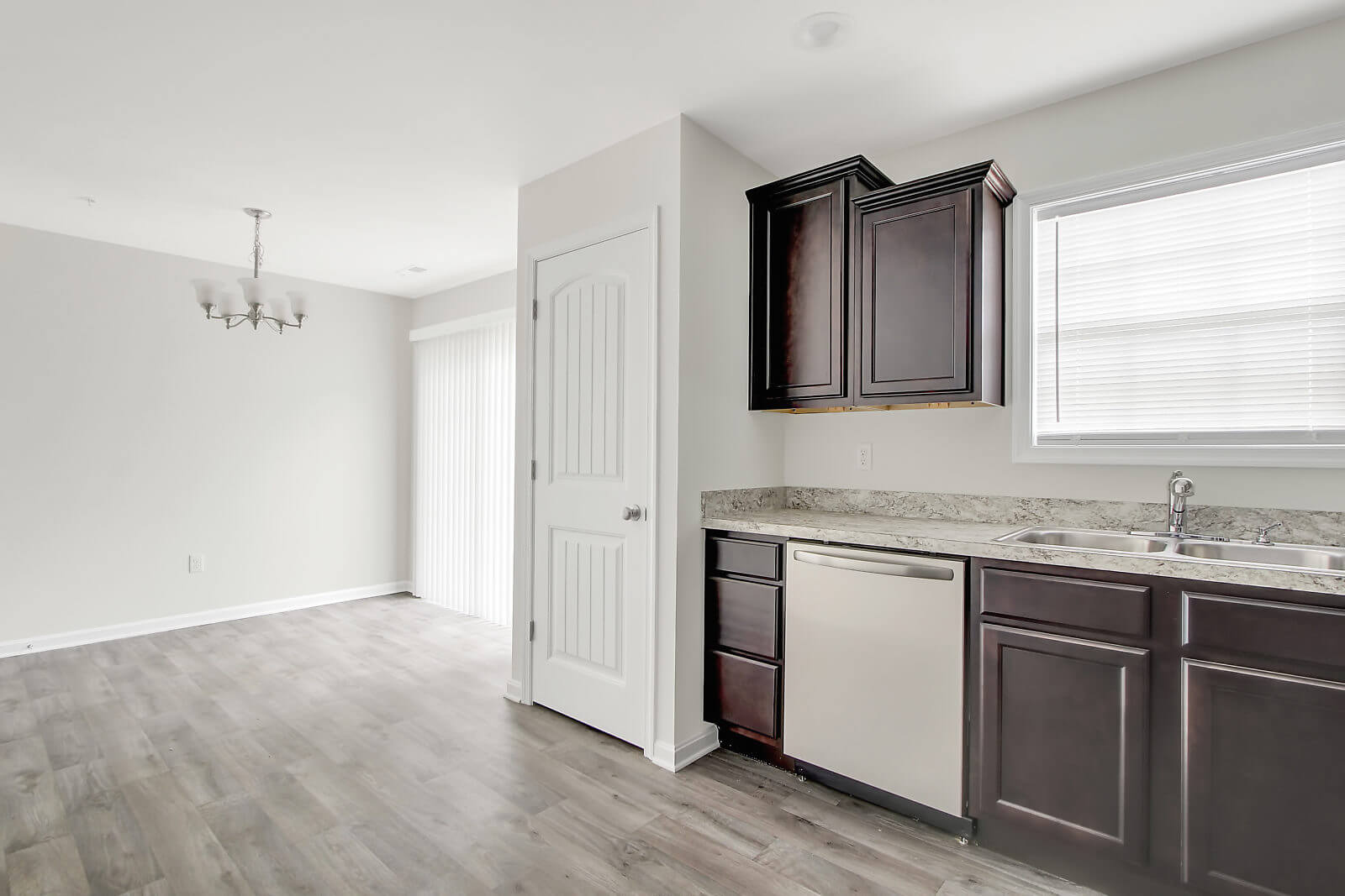 1 Floor Apartments In Hanover Pa Yorktowne Townhomes